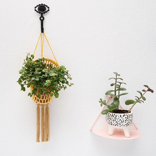 Yarn and Colors Must-Have Plant Holder Haakpakket 2