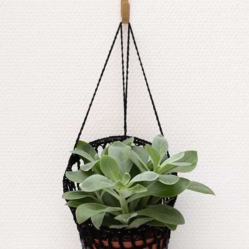 Yarn and Colors Must-Have Plant Holder Haakpakket 1