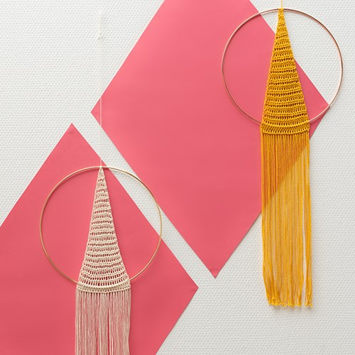 Yarn and Colors Must-Have Triangle Wall Hanging Booklet