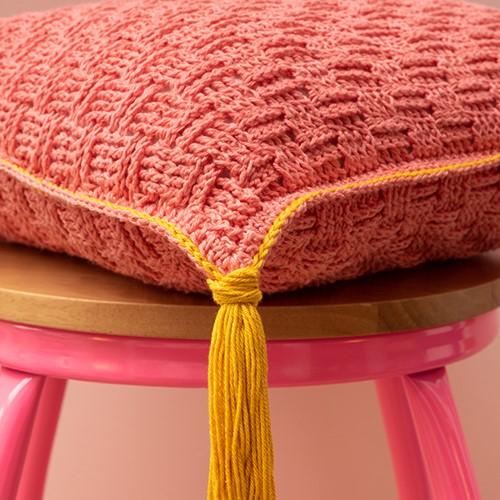 Yarn and Colors Must-Have Cushion Haakpakket 3 Salmon / Mustard