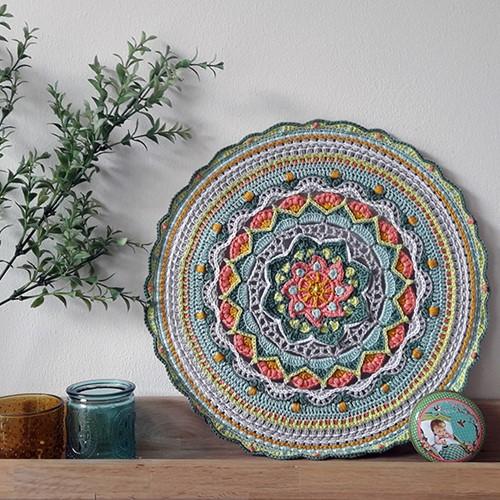 Haakpatroon Bloemen Mandala