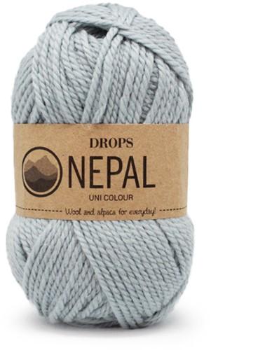 Drops Nepal Uni Colour 7120 Lichtgrijs/groen