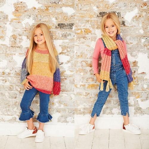 Breipatroon Stylecraft Batik Swirl DK No. 9484 Kinder trui, sjaal en muts