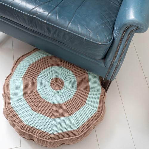 Haakpatroon Yarn and Colors Basic Floor Cushion