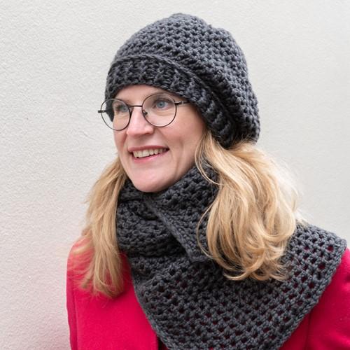 Yarn and Colors Chunky Cheerful Hat Haakpakket 2 Graphite