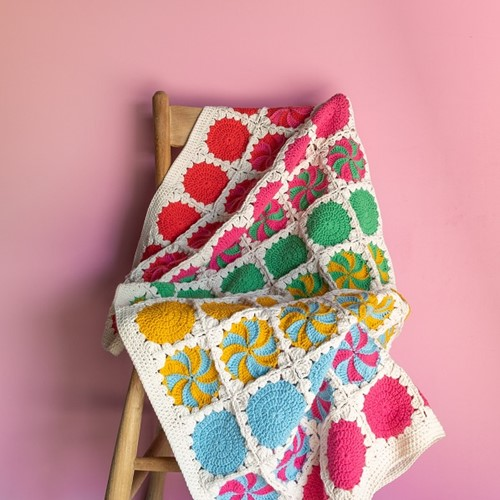 Haakpatroon Yarn and Colors Circles and Spirals Blanket