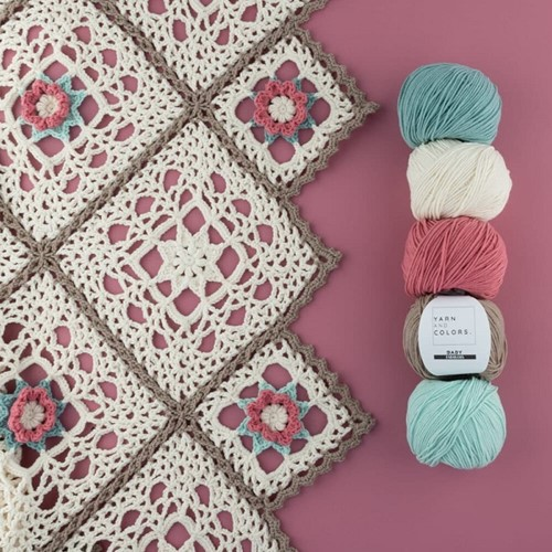 Yarn and Colors Romantic Throw Haakpakket 1 Cream