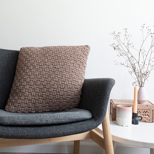 Yarn and Colors Basketweave Comfy Cushion Haakpakket 006 Taupe