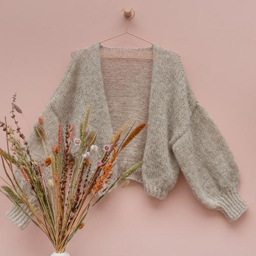 Yarn and Colors Cloud Cardigan Crochet Haakpakket S/M 002 Cream