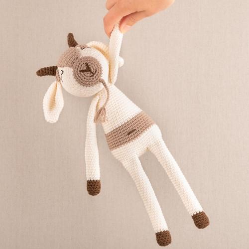 Yarn and Colors Gus Goat Haakpakket 002 Cream