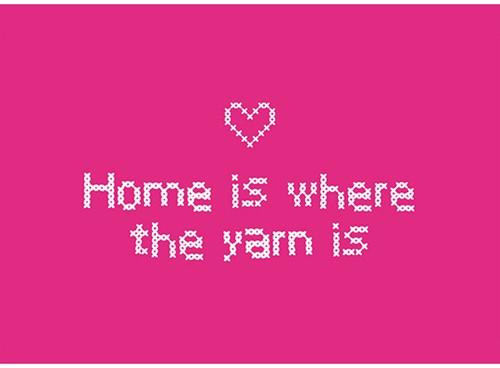 Wolplein Ansichtkaart - Home is where the yarn is