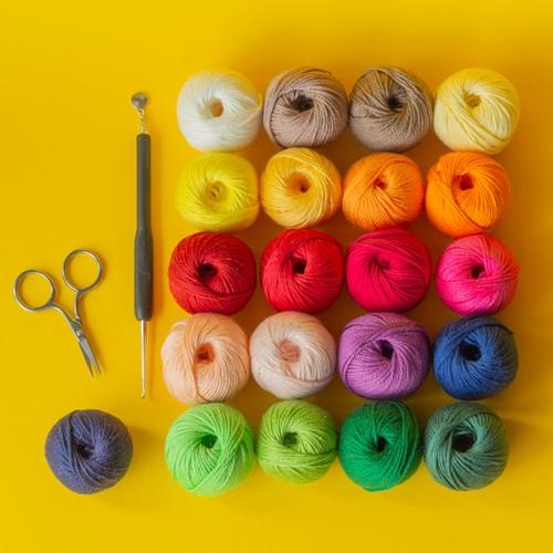 Yarn and Colors Must-Have Mini CAL Garenpakket