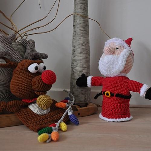 Haakpatroon Kersthandpoppen Rudolph met de kerstman