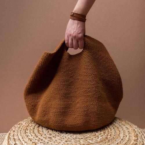 Yarn and Colors Slouchy Pouch Haakpakket 2 Satay