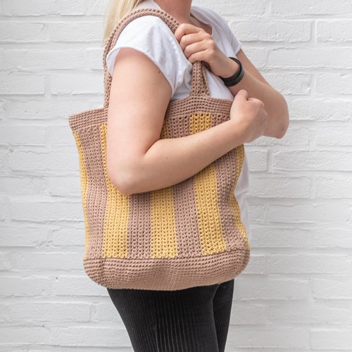 Yarn and Colors Striped Tote Bag Haakpakket 006 Taupe