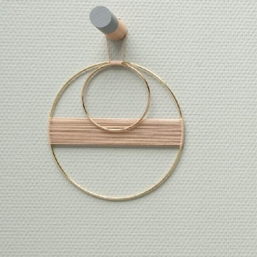 Yarn and Colors Less is more WOW! Muurhanger Pakket 009 Limestone